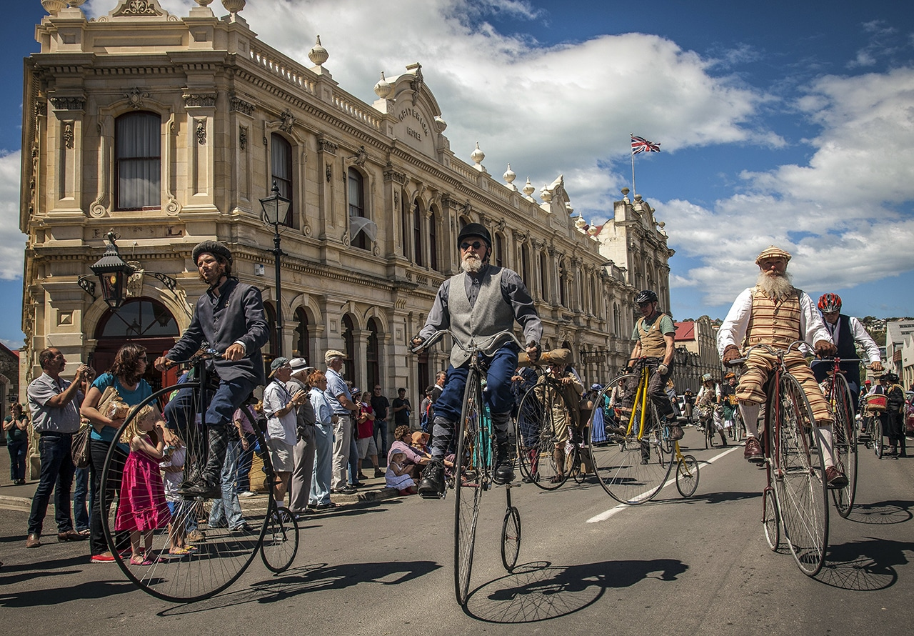 Oamaru Victorian Fete 19th November Cycle Journeys