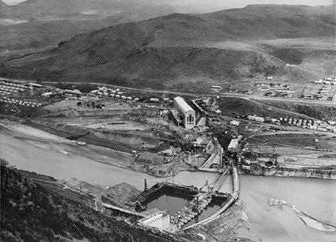 waitaki-dam-under-construction-1932
